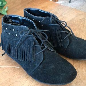 Shoes - Faux suede lace up Moc
